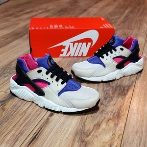 Nike Huarache Run Womens 8